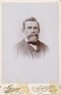photograph taken in Omaha of Thomas R. Lynch, b. 1842